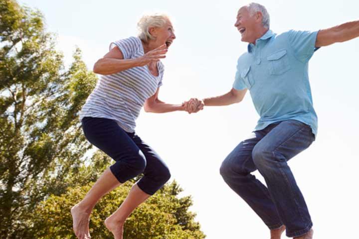 Den Beckenboden auch im Alter fit halten mit ACTICORE