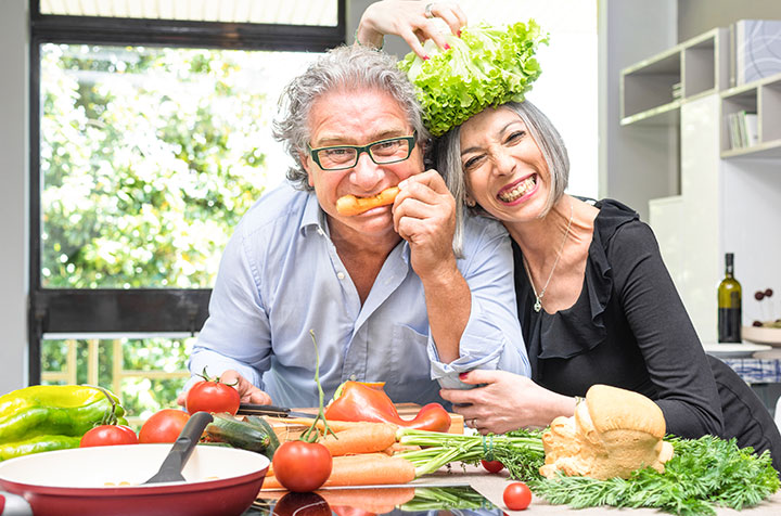 Gesundes Essen hilft gegen Stuhlinkontinenz. ACTICORE ebenfalls